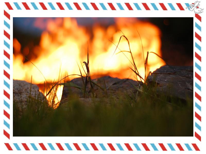 campfire-postcard